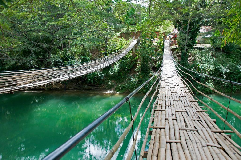 hanging-bridge-loboc-river-philippines